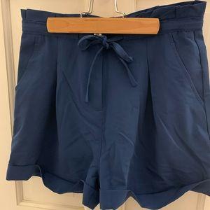 Lauren James ruffle top shorts